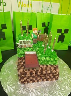 Easy minecraft cake! Easy minecraft cake Easy-minecraft-cake Cake tutorial Lego cake Minecraft houses Minecraft buildings Perler beads Pixel art Hama beads Minecraft furniture Cool minecraft houses Minecraft skins Minecraft pixel art Minecraft crafts Fuse beads