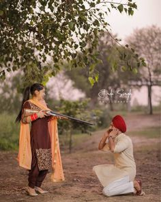 Pre Wedding Shoot Ideas, Pre Wedding Poses, Wedding Couple Poses Photography, Indian Wedding Photography, Pre Wedding Photoshoot, Wedding Pics, Wedding Couples, Punjabi Wedding Couple, Punjabi Couple