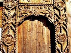 Gate from Maramures* Romania People, Rural House, Vernacular Architecture, Wood Doors, Traditional House, New Homes, Arya, Origins, Gate