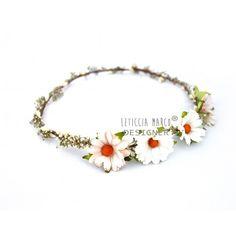 Margaritas flores en el pelo www.tiarasdeflores.com