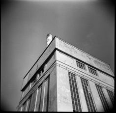 http://www.kevo.biz/2013/12/18/firenze-architecture-holga-project/  Firenze architecture Holga project belongs to that line of photographic explorations where my eye is actually looking through the viewfinder...