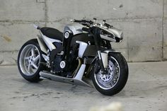 "This unique prototype had been designed and manufactured for the movie ""Babylon AD"" (2008), directed by Mathhieu Kasovitz and featuring Vin Diesel.    This motorcycle is based on Yamaha FZR 1000. Completely modified, the machine has been lowered and it possesses now, among others, a single arm to the rear and a MiniCooper S compressor.    It gives an overeating pressure of 1 bar that confers to the bike outstanding character and performances."