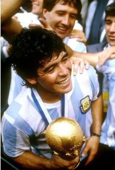 Diego Armando, Cristiano Ronaldo, Football Players, Christmas Bulbs, Bear, Club, Sport, Holiday Decor, Soccer