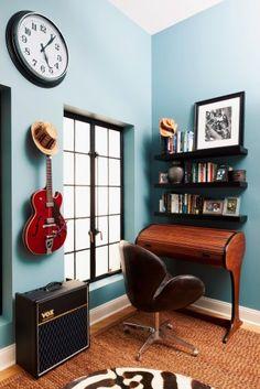 Wall Color for kitchen? New York City Loft - eclectic - home office - new york - Deborah French Designs love the desk Loft Interior Design, Home Office Design, Home Interior, Office Designs, Murphy Beds, Girls Bedroom, Bedroom Decor, Teen Bedrooms, Master Bedroom