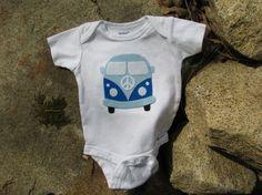 Bébé chemise pour garçon Onesie  Bus amour par TheWishingElephant, $28.00
