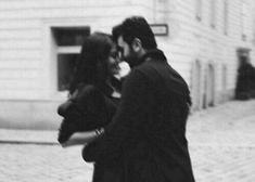 Find images and videos about love, photography and black and white on We Heart It - the app to get lost in what you love. Photos Black And White, Black And White Photography, Cute Relationship Goals, Cute Relationships, Couple Relationship, Couple Aesthetic, Aesthetic Pictures, Cute Couples Goals, Couple Goals