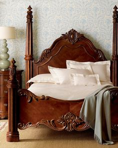Edwardian Queen Bed