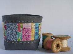 thread catcher fabric bowl - a good reason to use those teeny tiny scraps you just can't part with