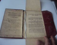 WW1 ORIGINAL RED LEATHER DISCHARGE DOCUMENT POPPER FOLDER