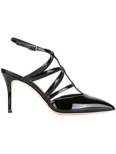 1c1619eafc2 Shop a huge selection of women s designer shoes at Farfetch. Browse 2000  top designers from 400 boutiques for designer shoes for women