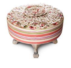 Taburet Rosa je nádherným kouskem nábytku v romantickém stylu. Kombinace světlého materiálu s potiskem v něžných barvách léta pohladí vaše smysly stejně tak, jako jeho zpracování. Taburet má příjemnou velikost a klasický kulatý tvar, obvod je čalouněn materiálem s jemně definovaným vícebarevným proužkem a celek tak při prvním pohledu má až lehce rustikální styl. Nejkrásnější částí tohoto roztomilého kusu nábytku je však plastické čalounění v sedací části ve tvaru růžového květu. Ottoman, Furniture, Home Decor, Decoration Home, Room Decor, Home Furnishings, Home Interior Design, Home Decoration, Interior Design