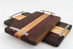 Handcrafted Wood Cutting/Serving Tray - Edge Grain - Walnut, Purpleheart & Cherry No slip, easy grip handles, perfect for breakfast in bed! Wood Projects That Sell, Diy Wood Projects, Diy Cutting Board, Wood Cutting Boards, Serving Tray Wood, Wood Tray, Easy Woodworking Projects, Wood Colors, Decoration