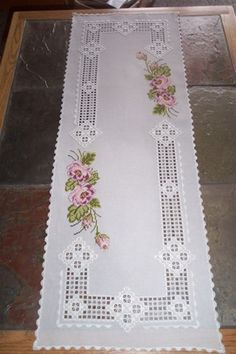 Hardanger embroidery (a type of needlework) is a delicate form of openwork which originated in the Hardanger region of NorwayPermin of Copenhagen ubrus s výšivkou a háčk.haft hardanger na Stylowi.This Pin was discovered by Kat Types Of Embroidery, Learn Embroidery, Embroidery Patterns, Hand Embroidery, Machine Embroidery, Hardanger Embroidery, Cross Stitch Embroidery, Cross Stitch Patterns, Cross Stitches