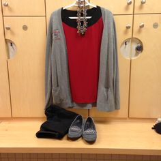 2016-01-29. Casual day. Black jeans. Red knit top with black collar. Grey Ponca City cardigan. Grey suede loafers.