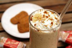 Banana Cream Pie Milkshake Recipe -- this creamy milkshake totally tastes like a yummy banana cream pie thanks to Biscoff cookies!   via @unsophisticook on unsophisticook.com