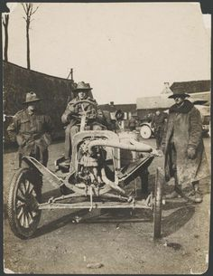 Model T Ford Forum: Old Photo- in France. Military Couples, Military Love, Military Gear, Military Vehicles, Anzac Soldiers, Aussies, Wwi, Armed Forces, World War Two