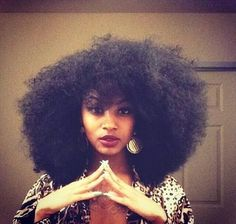 I need my hair to grow so I can rock this look ❤️