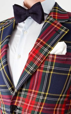 """Hastings, how do you like my new tartan blazer?"" ""It resembles your old tartan blazer, Sir.my old tartan blazer, Hastings; I had new buttons fitted on."" ""An excellent decision, Sir. Mode Tartan, Tartan Kilt, Preppy Mens Fashion, Look Fashion, Tartan Fashion, Style Dandy, Style Gentleman, Preppy Style, My Style"
