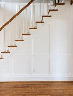 Entryway Molding - How I Added Wall Trim Myself! - Stefana Silber Entryway Molding – How I Added Wall Trim Myself! Wall Trim Molding, Staircase Molding, Stairs Trim, Stair Paneling, Moldings And Trim, Diy Molding, Staircase Design, Stair Trim Ideas, Modern Staircase