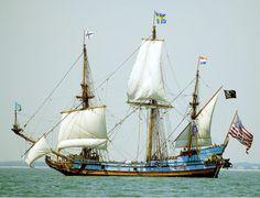 "Blue boat. ""Kalmar Nyckel"""