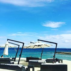 Here is our take on the Monday blues.  #crimsonmactan #crimsonresort #cebu #beautiful #vacation #travel #beach #philippines #mactanisland  Photo by @jh__tina