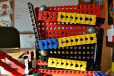 Rube Goldberg project and not lose your mind Engineering Classes, Engineering Design Process, Rube Goldberg Projects, Rube Goldberg Machine, Lego Club, Art Curriculum, Simple Machines, Project Based Learning, Making Machine