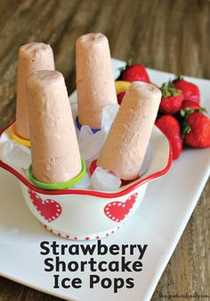 Strawberry Shortcake Ice Pops are a delightful and refreshing sweet treat for summertime. Cool off with this quick-and-easy dessert recipe, but make sure Bounty Paper Towels are nearby to clean up any drips or mess.