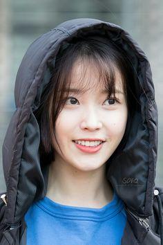 161204 IU Concert 24 Steps in Korea by 삼동이퀴 Korean Girl Band, Cute Korean Girl, K Pop, Korean Beauty, Asian Beauty, Blonde Asian, Thing 1, Korean Actresses, Girl Day