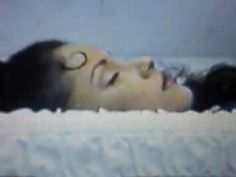 Short clips of selena's funeral (april 2 1995)