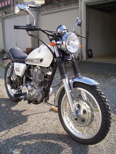 Yamaha SR 500 Scrambler, want this for my 16th birthday :D