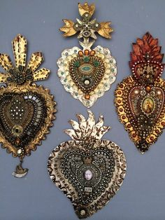 Heart Jewelry, Jewelry Gifts, Beaded Jewelry, Jewellery, Religious Icons, Religious Art, Beaded Embroidery, Embroidery Designs, Tin Art