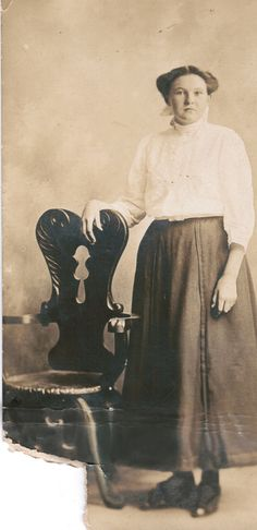 Mary Towne Eastey was convicted of the 1692 Salem Witch trials Massachusetts. She was executed by hanging in Salem. Wicca Witchcraft, Wiccan, Rebecca Nurse, Witch History, Witch Coven, My Heritage, Women In History, Historical Photos, American History
