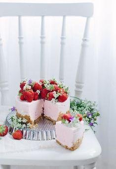 No-bake strawberry cheesecake #dessert #sweet #photography