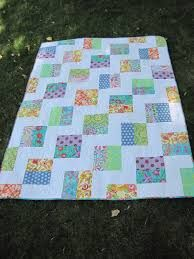 """texas two step quilt pattern - Google Search squares are created half white/half print, then direction is alternated w/in columns don't look at the """"striped print"""" block"""