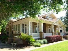 1920 Craftsman - Brenham, TX - $389,000
