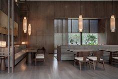 Tao Hua Yuan,Main Area to Semi-private Area. Interior Design Blogs, Interior Decorating, Nanjing, Interior Chino, Zen Interiors, House Furniture Design, Office Furniture, Pub Decor, Futons