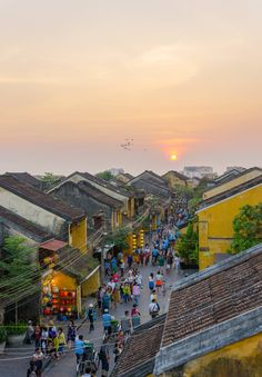 Old quarter Hoi An, Vietnam by Huy Le