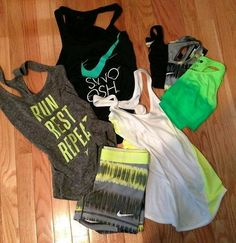 Need more running clothes! Workout Attire, Workout Wear, Nike Workout, Workout Outfits, Workout Clothing, Workout Style, Workout Shorts, Bora Malhar, Site Nike