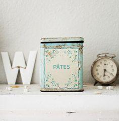 tin box, old clock #vintage #pastel