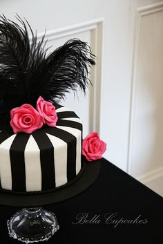 black and white cake for Zebra party.