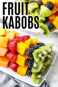 A rainbow fruit kabob recipe is the perfect make-ahead appetizer for any summer party! Made with seven different fresh fruits and served with a simple fruit dip it is the perfect snack. Rainbow Fruit Kabobs, Fruit Skewers, Fruit Appetizers, Make Ahead Appetizers, Summer Salads With Fruit, Fresh Fruit, Charcuterie, Dessert Kabobs, Gluten Free Puff Pastry