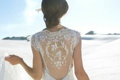 In the Details: 21 Swoon-worthy Wedding Dress Backs | weddingsonline