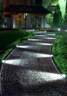 A modern driveway style can improve the curb appeal of your house. Some of the most popular types of modern driveway products in usage for high-end houses Driveway Lighting, Backyard Lighting, Exterior Lighting, Outdoor Lighting, Rope Lighting, Garden House Lighting, Garden Lighting Ideas, Solar Driveway Lights, Pathway Lighting