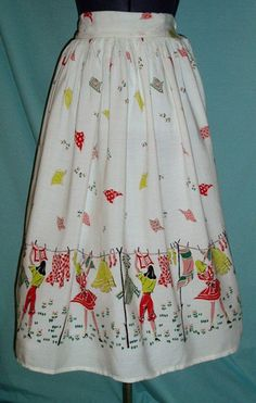Wash day Novelty Print Skirt New Look Fashion, 40s Fashion, Modern Fashion, Vintage Fashion, Retro Outfits, Vintage Outfits, Girl Outfits, Rockabilly Clothing, Vintage Clothing