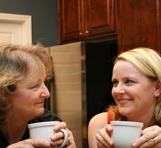 I had coffee with my mom yesterday.    昨日お母さんとコーヒーを飲んだ。