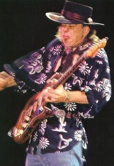 Stevie Ray...goes with the lions' face!
