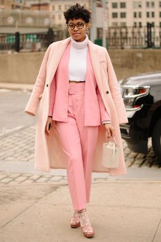 Spring workwear New Street Style, New York Fashion Week Street Style, Looks Street Style, Street Style Trends, Autumn Street Style, Cool Street Fashion, Looks Style, Robe Baby Doll, Luxury Lifestyle Fashion