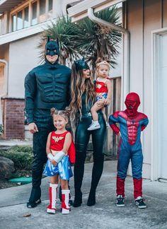 Baby Girl Halloween, Family Themed Halloween Costumes, Marvel Halloween Costumes, Couples Halloween, Halloween Dress, Halloween Kids, Disney Family Costumes, Family Super Hero Costumes, Superhero Family Costumes