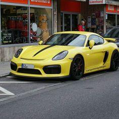 Porsche Cayman GT4 By : @cars.munich  ___________________________ YouTube Channel : Supercars Siegen - - - - - - - - - - - - - - - - - - - Facebook : Carspotting Siegen ___________________________ Camera : Sony A58 Samsung S4 ___________________________ Team Siegen @carspotting_germany_ @joey_west00 @joe.performance @carspotting.oe…