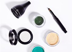 Long Lasting Mineral Makeup by Cate McNabb | Beauty | PureWow Chicago